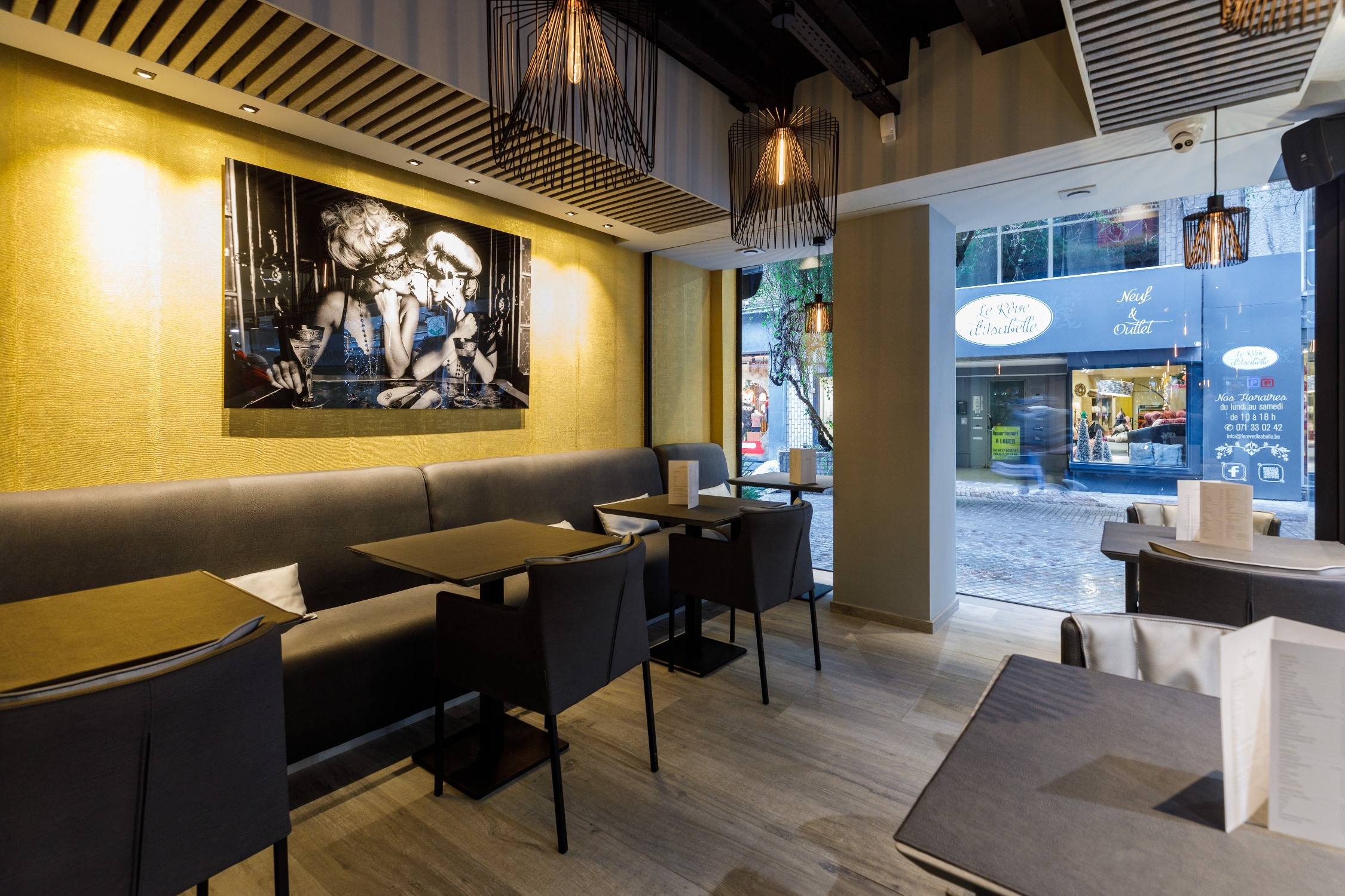 sixty-three-bar-food-restaurant-charleroi